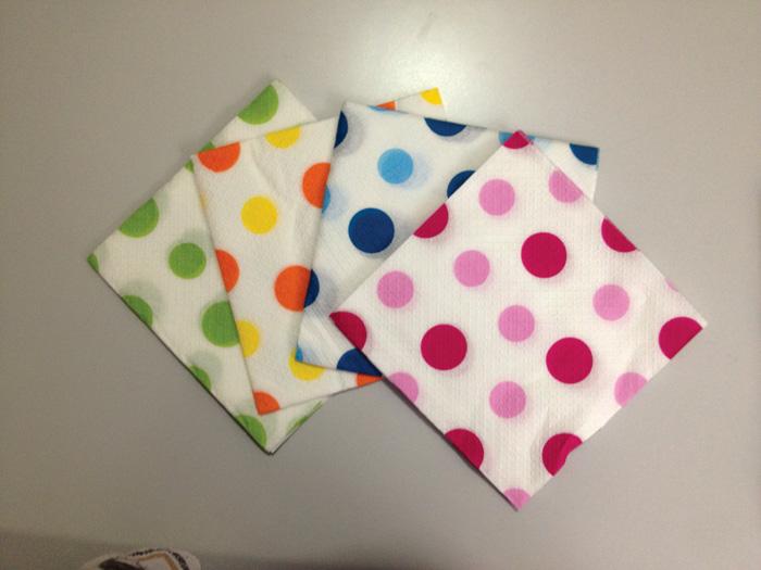 Ubrousky papírové barevné Harmony - 33 x 33 cm / puntíky mix / 30 ks