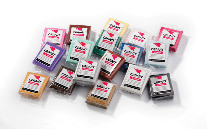 Modelovací hmota Cernit Glamour - fialová / 56 g